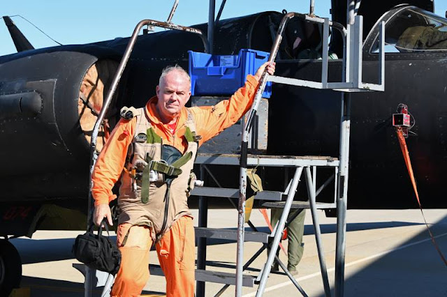 Retired USAF pilot makes history by becoming first civilian instructor to fly solo U-2 Dragon Lady