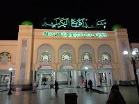 Antusias Jemput Lailatul Qadar, Jamaah Padati Masjid Agung Al-Karomah Martapura