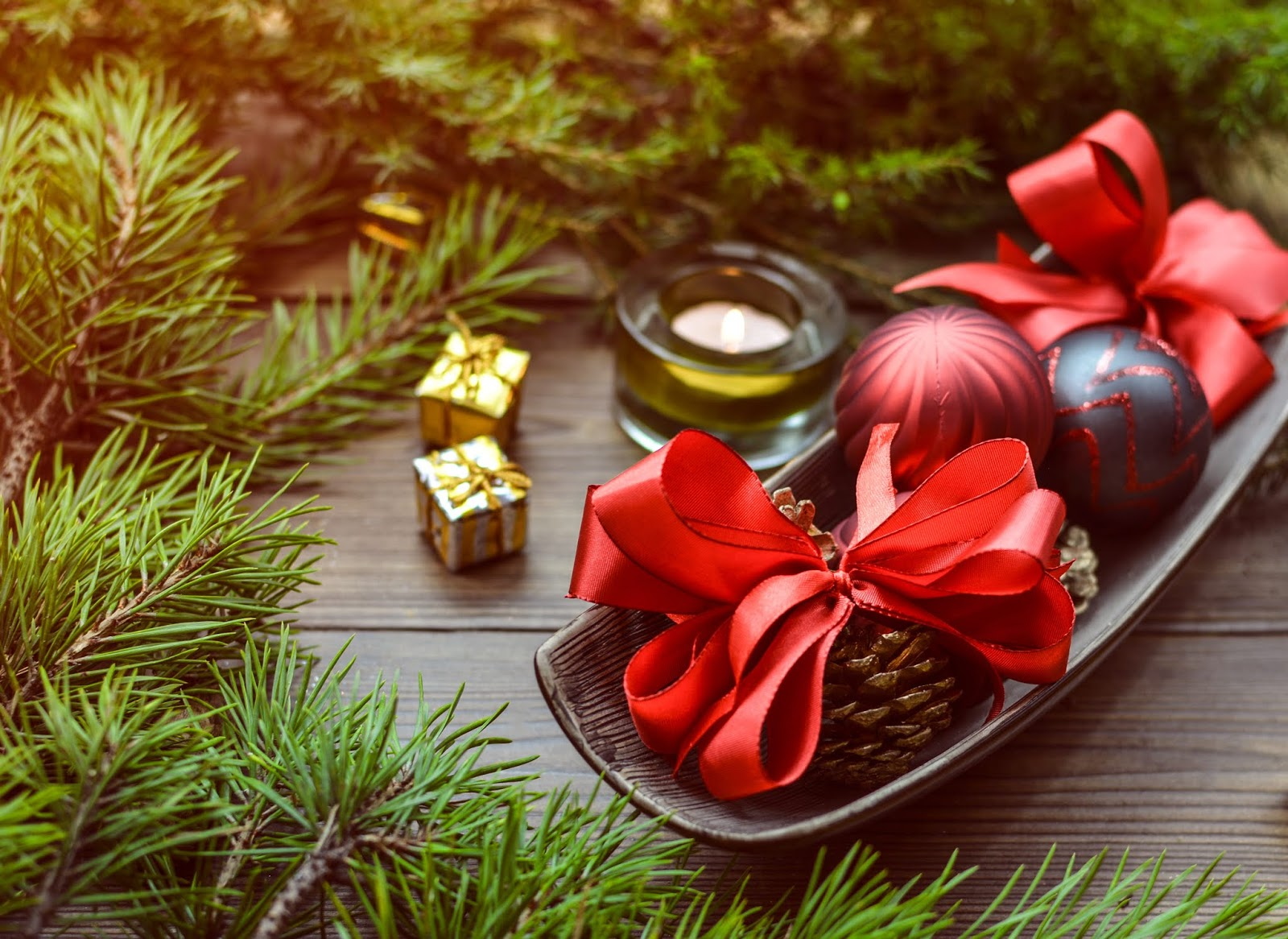 12 Unique Free Christmas Hd Wallpapers To Download