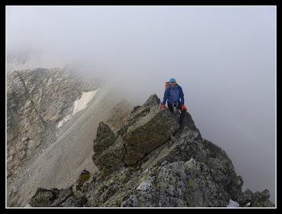 Cresteando hacia el Pico Navarro