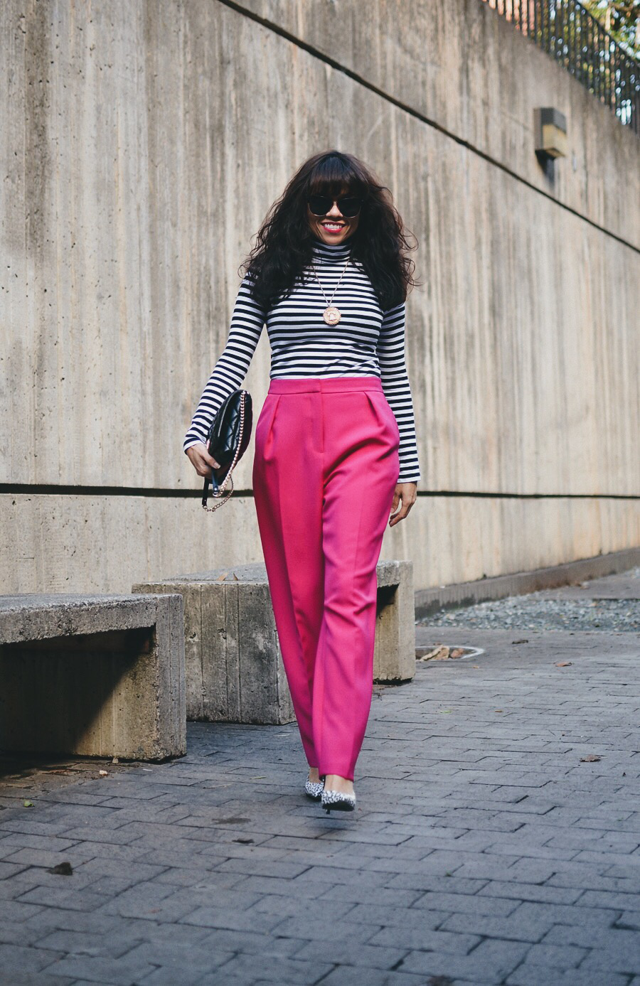 Outfit with pink pants