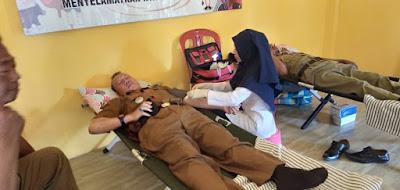 Wujud Syukur Dilantiknya Ketua PMI Lamtim Sebagai Bupati, Camat Labuhan Ratu Ajak Masyarakat Donor Darah