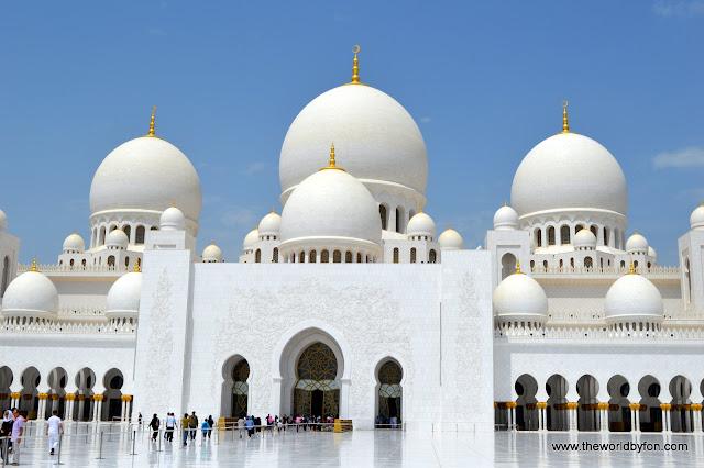 Mesquita do Sheikh Zayed, Abu Dhabi, Emirádos Árabes Unidos.