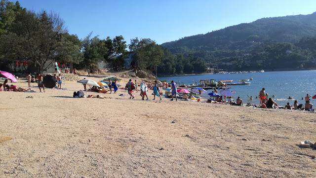 Zona de Areal da Praia do Rio Caldo