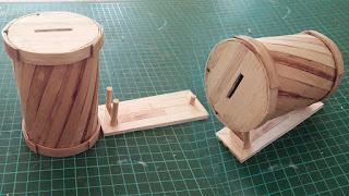 Membuat Celengan dari Stik Eskrim dan Kaleng Bekas