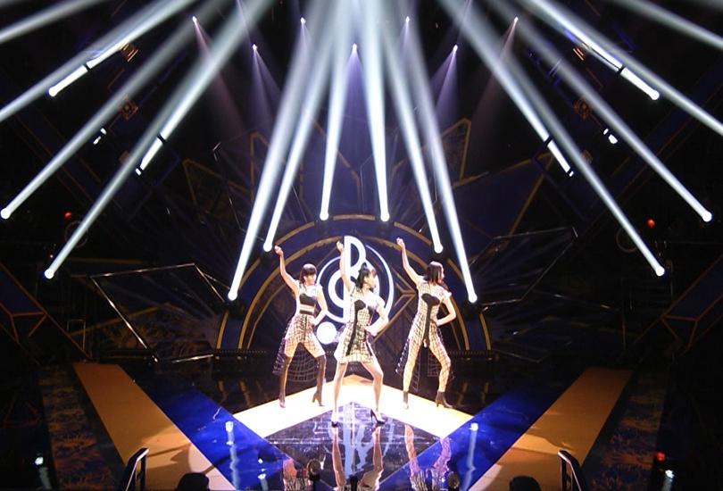 "Perfume perform ""Polygon Wave"" on Ongaku No Hi and Nocchi is no longer living for it | Random J Pop"