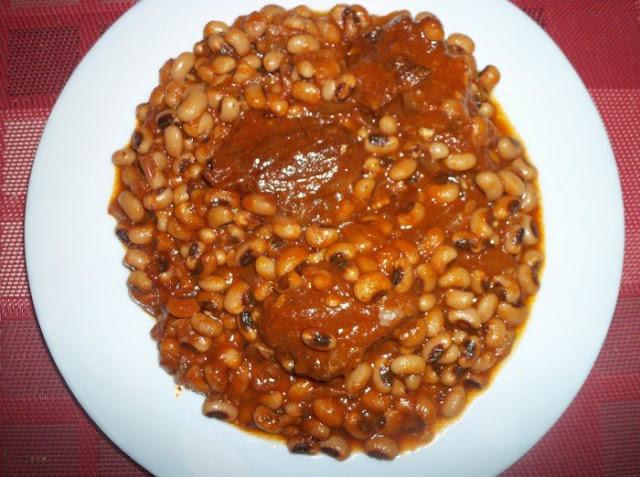 Cuisine, Ndambé, ragoût, niébé, haricot, repas, plat, viande, tomate, eau, ingrédients, ail, vinaigre, sel, bouillon, poivre, piment, LEUKSENEGAL, Dakar, Sénégal, Afrique