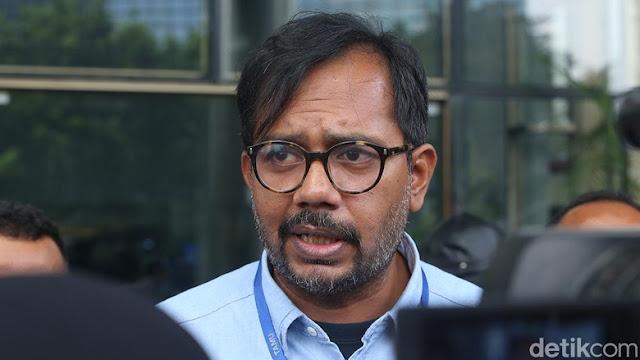 Haris Azhar Tolak Jadi Saksi di MK, PDIP: 'Pukulan Balik' ke 02
