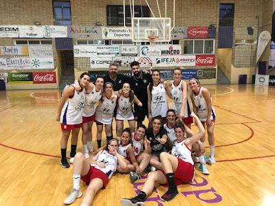 Las anfitrionas del Jaén CB alzan la Copa Diputación Sénior Femenina