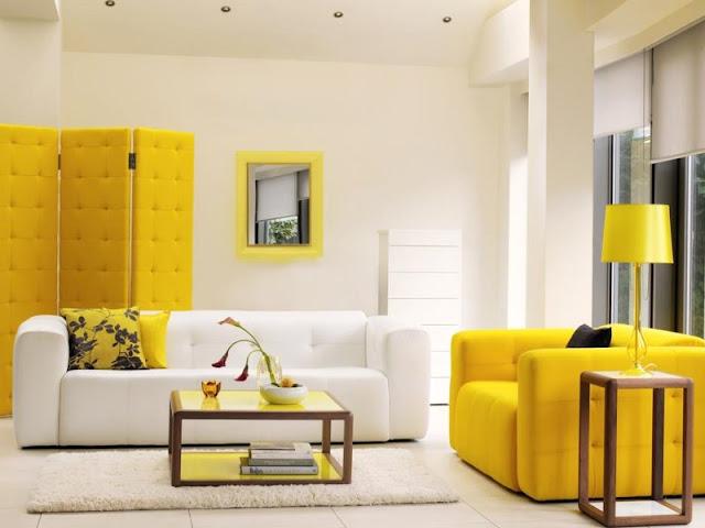 desain interior ruang tamu kuning
