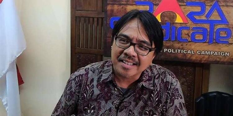Soal Pembunuhan 6 Pemuda, Ade Armando Sebut UAS Memanipulasi Ayat Alquran