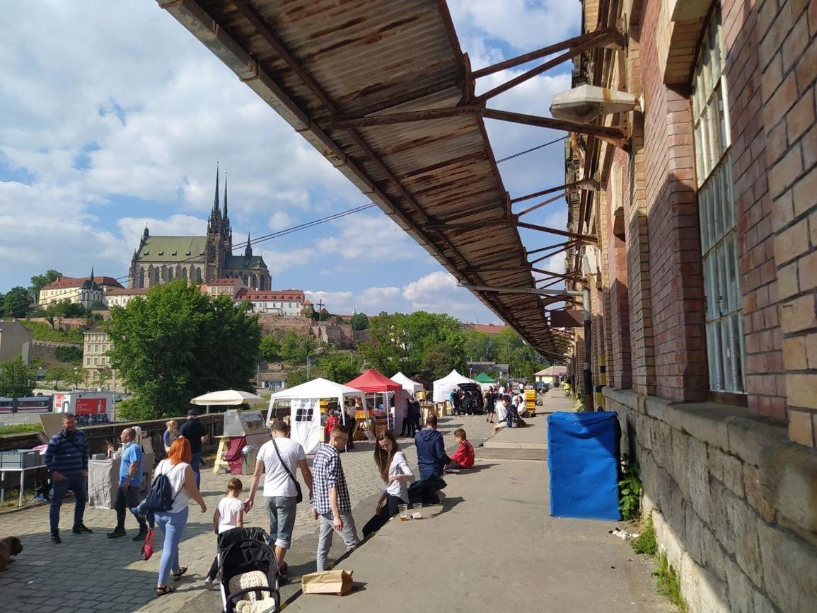 Život v Brně se vrací do normálu. Foto: Sára Jeschkeová