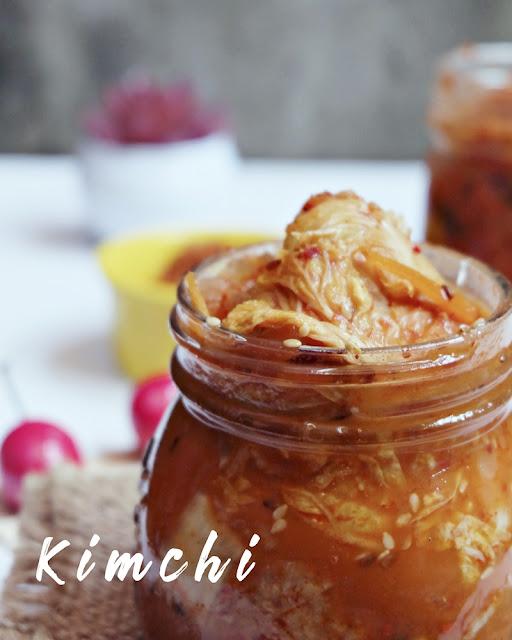 Mencicipi Homemade Kimchi dan Makanan Khas Drama Korea
