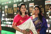 Nirosha Ramki and Sister Radhika Sarathkumar (4).JPG