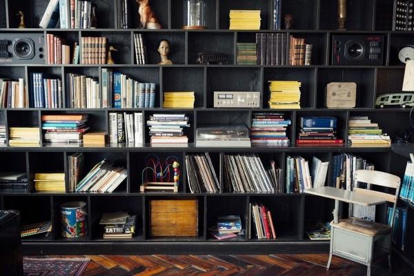 7 Ide Kreatif Simpan Koleksi Buku di Rumah Agar Lebih Rapi