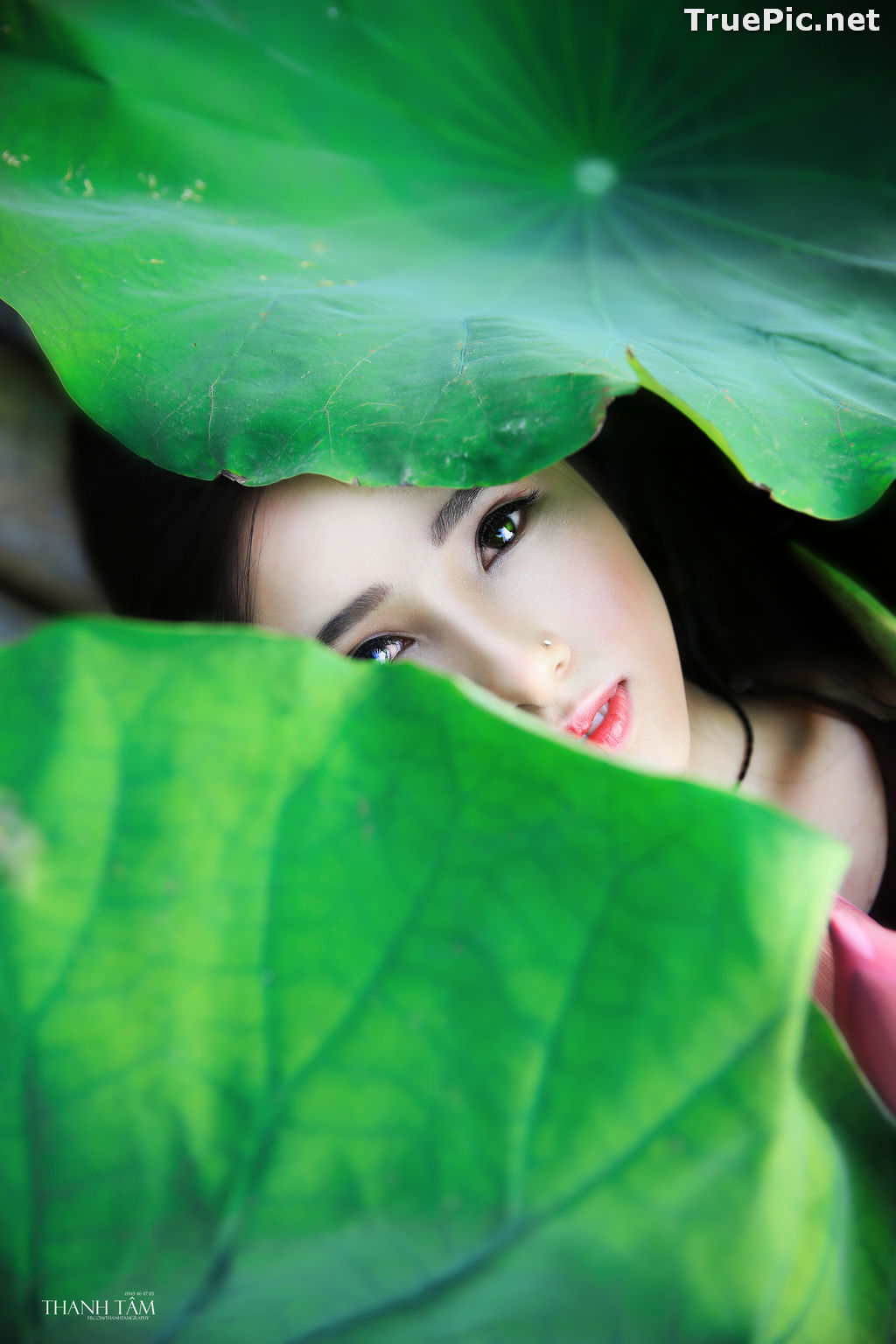 Image Vietnamese Model - Hong Rubyshi - Beauty Girl and Lotus Flower #1 - TruePic.net - Picture-4