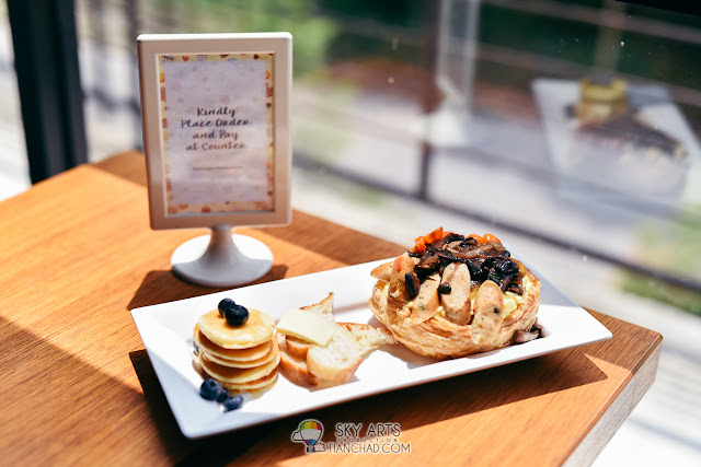 Photoshoot at Delectable Cafe Glasshouse Seputeh