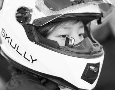 Teknologi Desain Helm untuk Memanjakan Mata Saat Berkendara