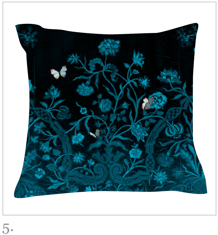 Dianthus Velvet Cushion in blue