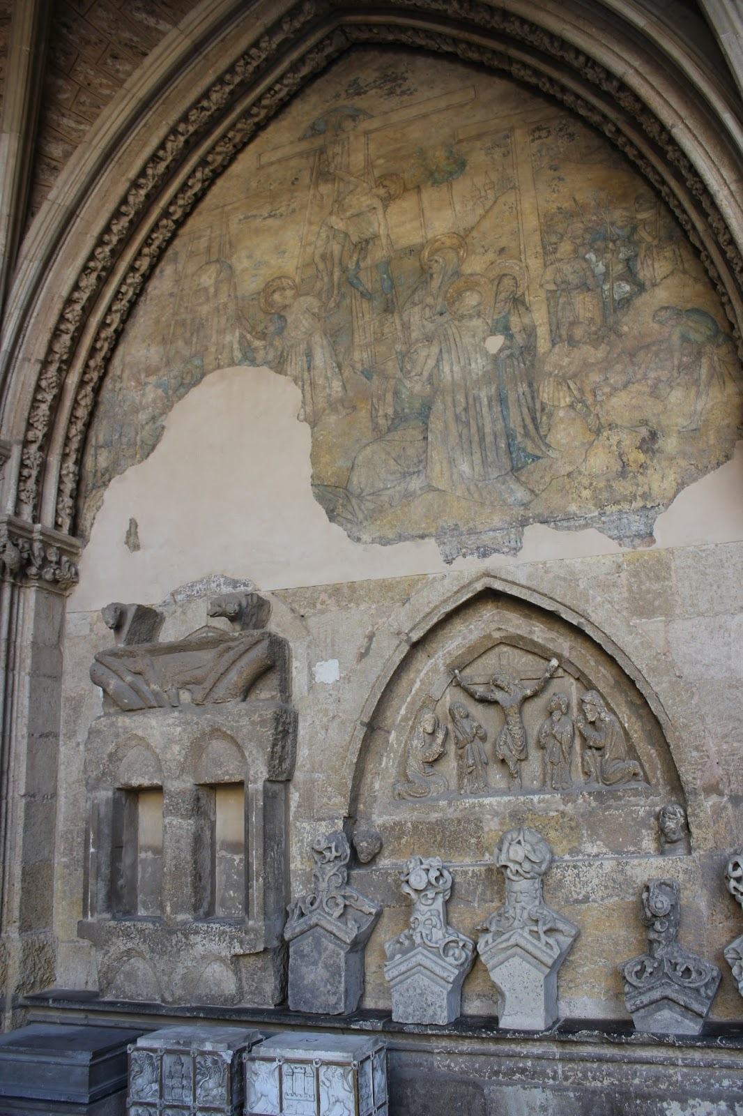 Maravillas ocultas de espa a la catedral de le n i el for 5 principales villas ocultas