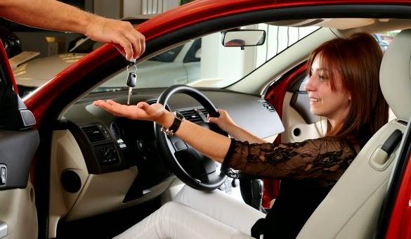 Tips Memilih Asuransi Mobil Bagi Kaum Muda