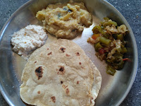 Wheat Phulka, Potato Kurma, Ridge gourd Cabbage Curry, Coconut chutney