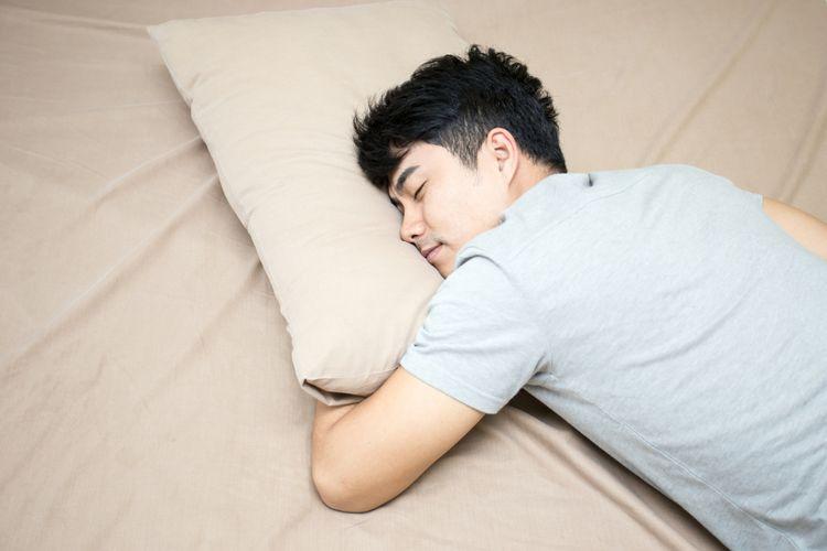 Mengapa Kita Sebaiknya Tidak Tidur Menghadap Utara? Belajar Sampai Mati, belajarsampaimati.com, hoeda manis