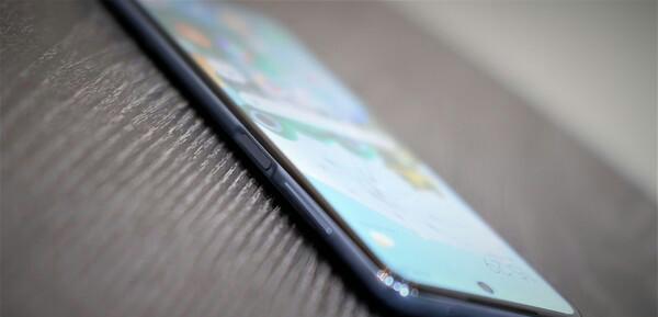 Redmi note 9 pro fingerprint, sidik jari pada tepi bagian ponsel