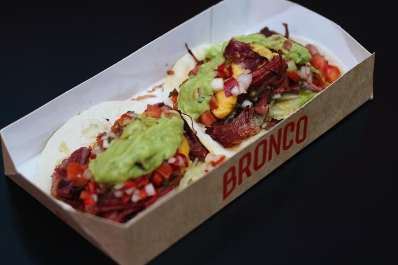 Köklerinden ilham alan sokak lezzetleri Bronco'da !