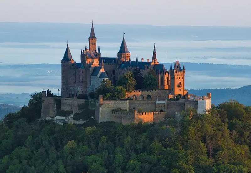 Conheça a grande beleza do castelo Hohenzollern