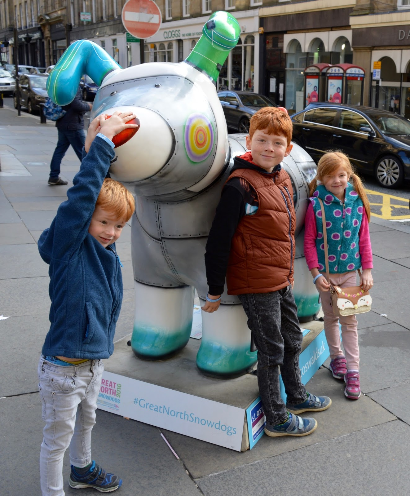 Explore the Great North Snowdogs with Tyne and Wear Metro - Arthur on Grey Street (sponsored by Sanderson& Young) - Essence of the North, Grey Street (sponsored by Northumbrian water)