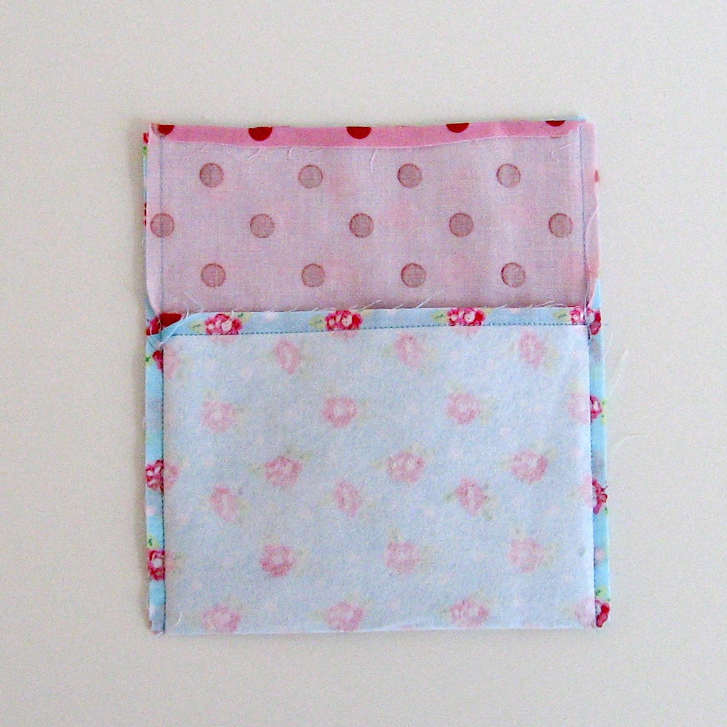 Tutorial: How to Sew a Pocket Purse