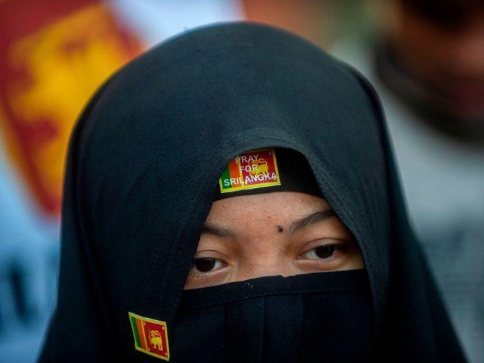 Sri Lanka akan Melarang Burqa dan Menutup lebih dari 1.000 Sekolah Islam