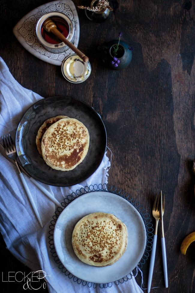 leckerundco, lecker co, lecker & co, lecker, leckerundco.de, foodblog, nürnberg, foodfotografie, mittelfranken, tina kollmann, foodpics, kochen, backen, fotografie, rezept,pancake, ahornsirup, pancakes mit ahornsirup, pfannkuchen, frühstück, breakfast