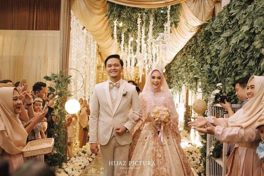 Gaun Pengantin Muslimah - menikahmuda