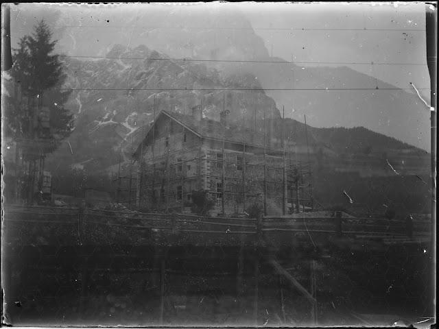 Foto vom Bahnhof Ehrwald Richtung Wetterspitzen und Schneefernerkopf - um 1914-1920