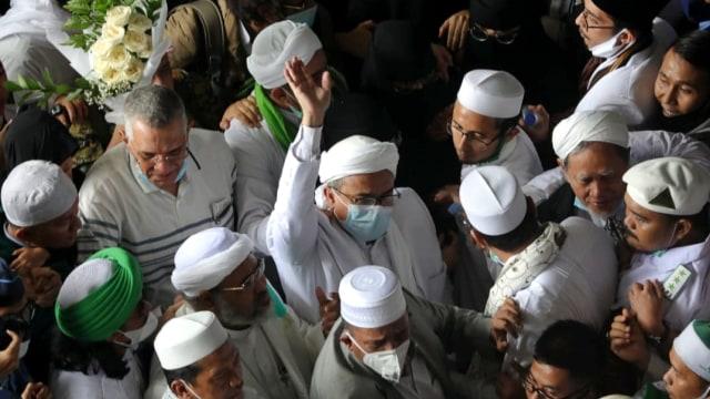 Pengamat: Kepulangan Habib Rizieq Shihab Jadi Ujian Berat Jokowi