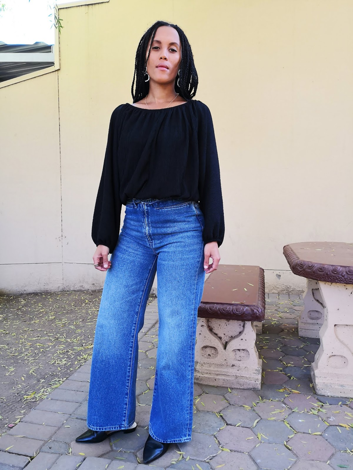 Liezel-Esquire-wide-leg-denim-jeans-outfit