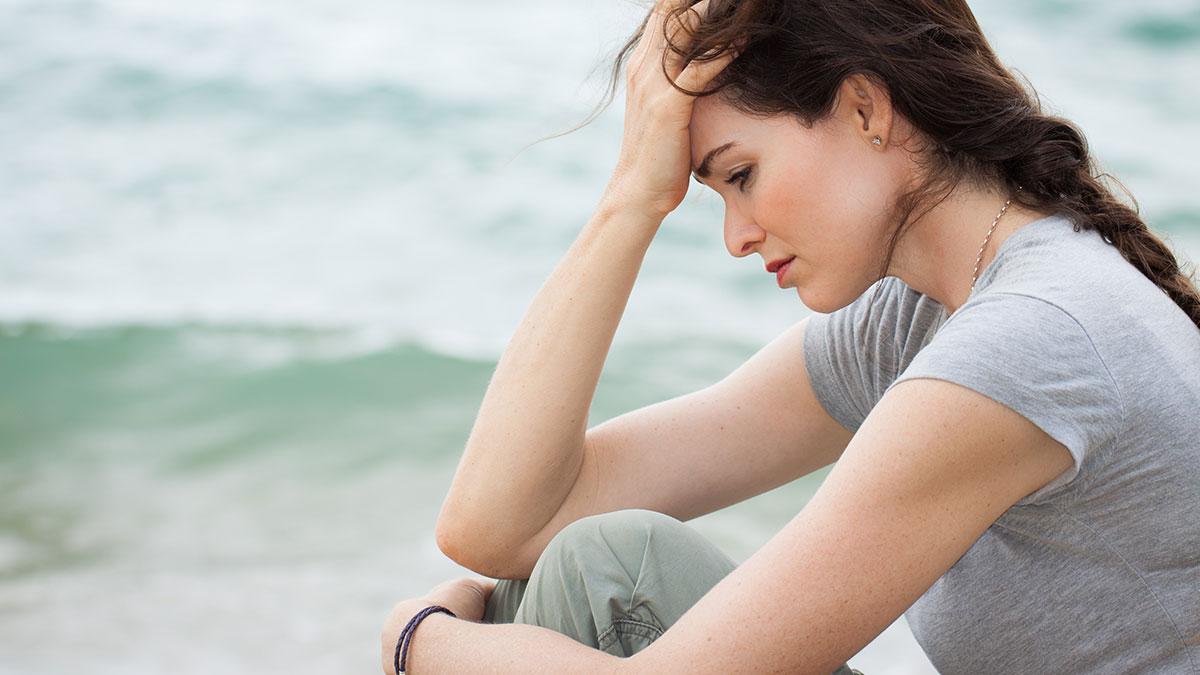 Οι σωματικοί πόνοι που «φωνάζουν» ότι έχουμε κατάθλιψη
