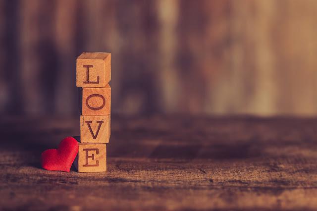 Puisi Cinta Kita Penuh Harapan Bahagia
