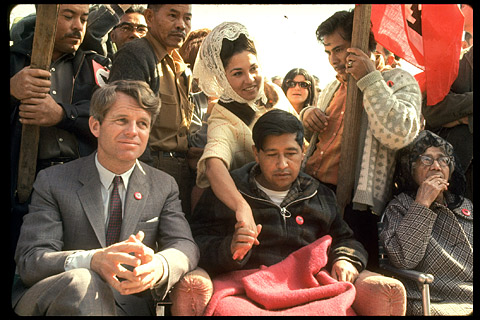 Lance S Blog Robert Kennedy And Cesar Chavez In 1968