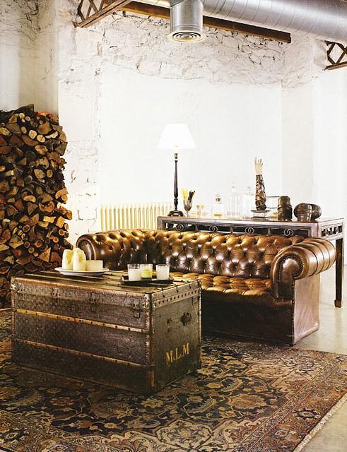 The Peak of Très Chic: The Louis Vuitton Trunk