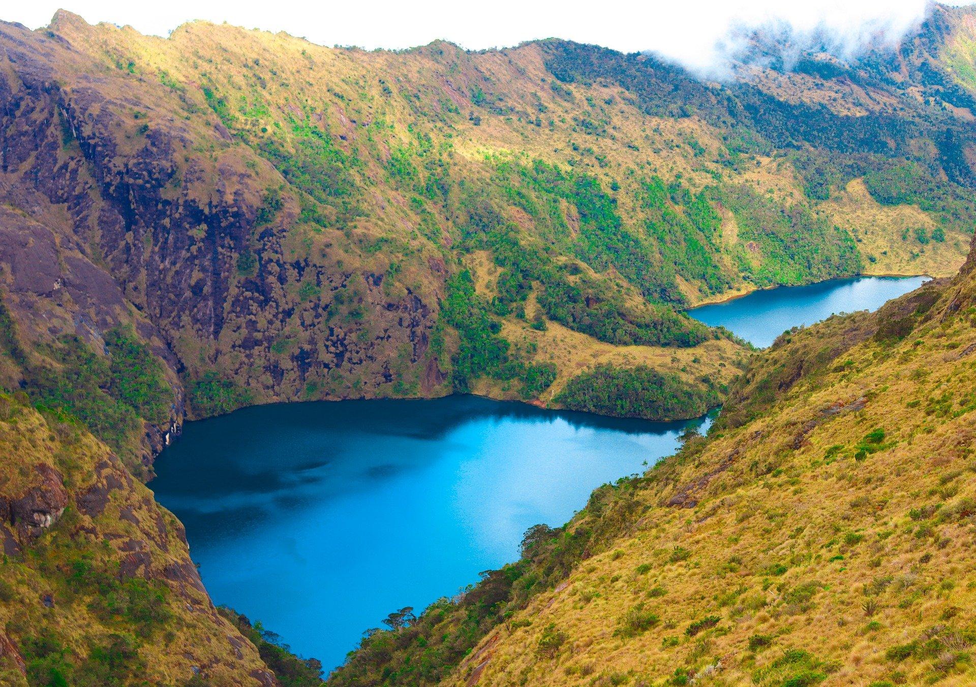 destinasi wisata papua selain pantai yang harus diketahui