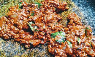 Cooking ghee roast masala