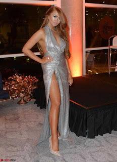 Charlotte Dawson Upskirt long nude legs sexy pics