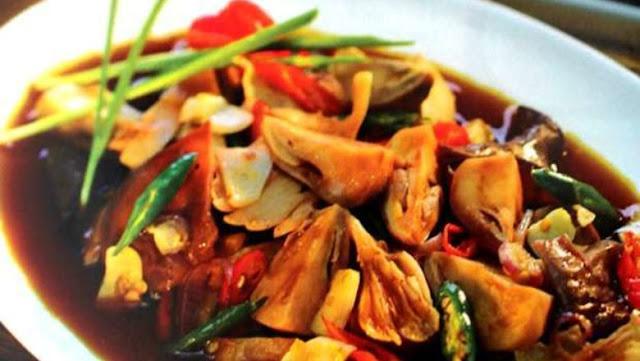 Resep Semur Jamur Pedas, Mudah dan Praktis Untuk Bekal Makan Siangmu