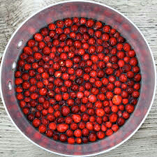 Cranberry in hindi