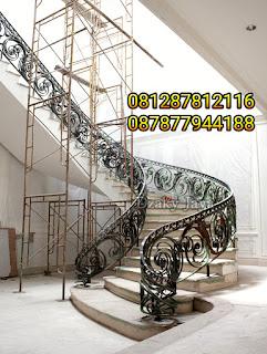 model railing tangga besi tempa, railing tangga klasik, railing tangga besi ulir (3)
