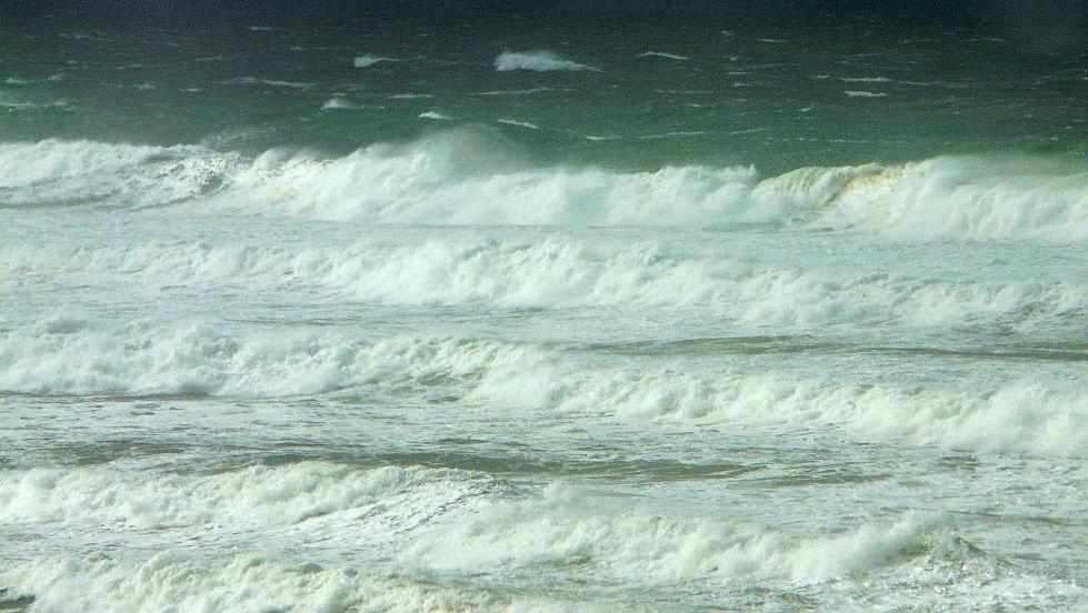olas viento frio playa sopelana04