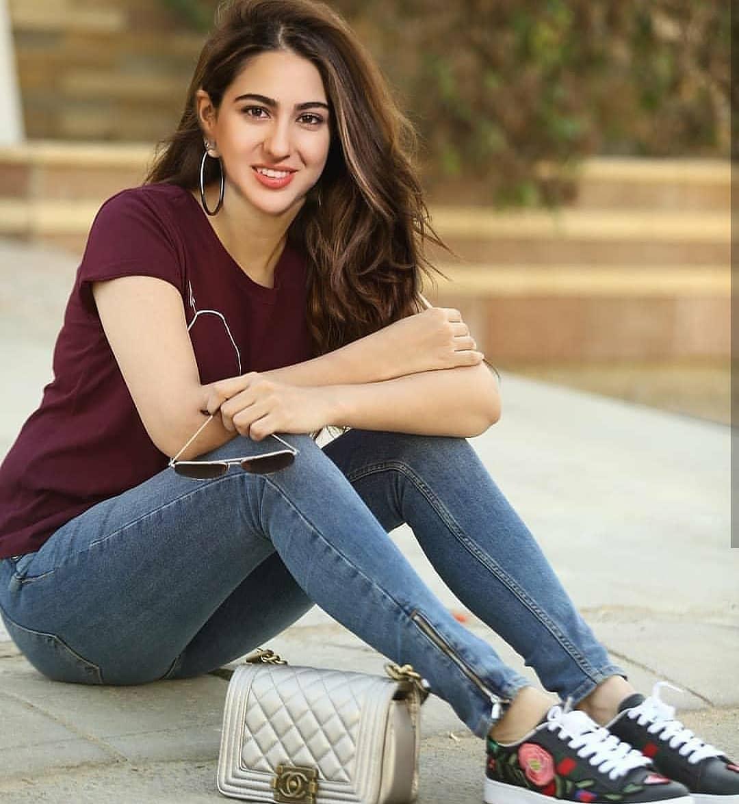 Sara Ali Khan Latest Pics